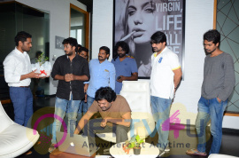Desam Lo Dongalu Paddaru Movie Teaser Launch Pics