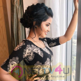 Actress Anupama Parameshwaran Good Looking Images Tamil Gallery