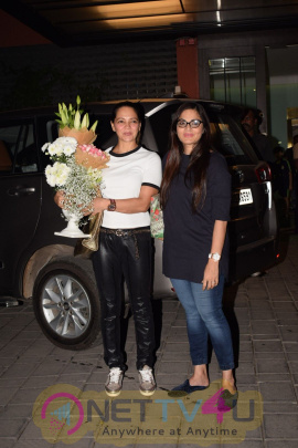 Salma Khan Celebrate Birthday With Celebs Images Hindi Gallery