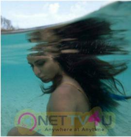 Hot Bollywood Actress Katrina Kaif Under Water Perfect Photos