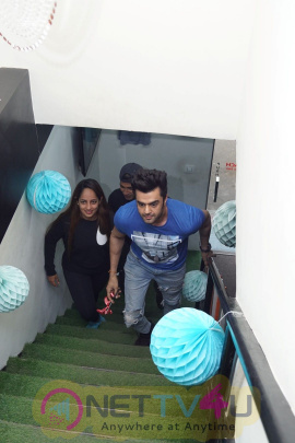 Bollywood: Manish Paul At Inauguration Of Pilates Studio Hindi Gallery
