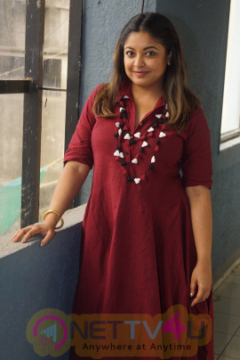 Tanushree Dutta Interview Photos  Hindi Gallery