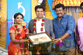 Director Nalan Kumarasamy Saranya Marriage Photos Tamil Gallery