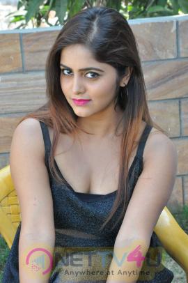 Actress Pragya Nayan Romantic Images Telugu Gallery
