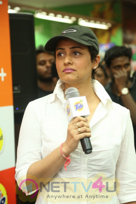 Special Photos Of Namrata Shirodkar Launches The New Tide Plus At Big Bazaar Telugu Gallery