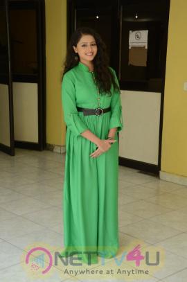 Shwetha Basu Prasad Stunning Interview Photos  Telugu Gallery