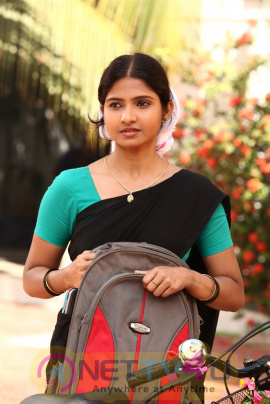 Palli Paruvathile Movie Photos And Working Stills Tamil Gallery