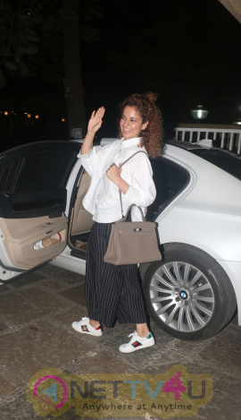 Kangana Ranaut Came to Movie  English Gallery