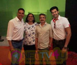 Akshay Kumar Joins With Ganesh Venkatraman Images