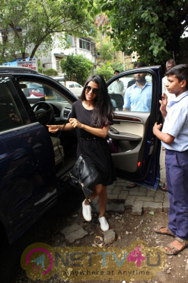 Nimrat Kaur Came To Bandra Images