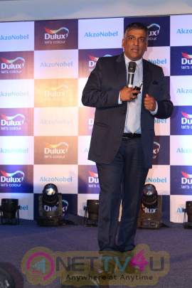 Shraddha Kapoor And Farhan Akhtar At Dulux Launch New Colors Of 2017 Life In A New Light Photos