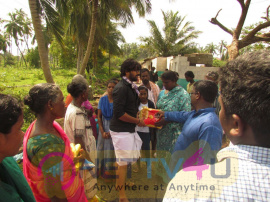 Actor Abi Saravanan Visited Cyclone Affected Kanyakumari Pics Tamil Gallery