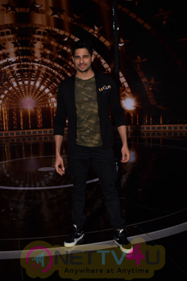 Sidharth Malhotra On The Set Of Indian Next Superstar Hindi Gallery