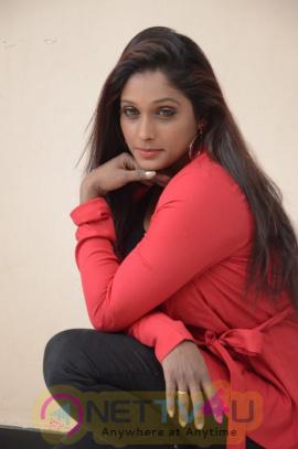 Actress Archana Choudhary New Stunning Photos