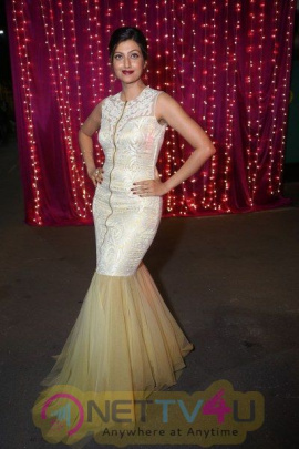 Actress Hamsa Nandini Stunning Pics