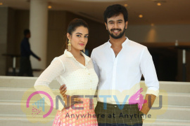 Ee Maya Peremito Teaser Launch Stunning Images