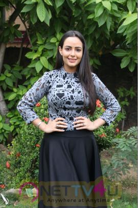 Actress Aanchal Munjal Lovely Stills