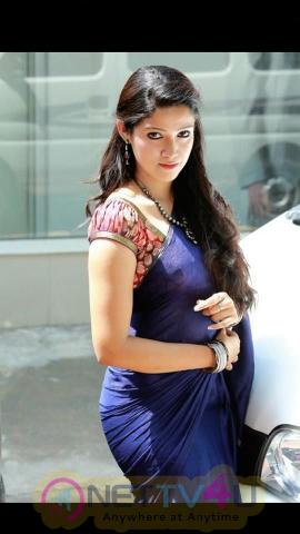 Actress Abhirami Suresh Lovely Images Malayalam Gallery