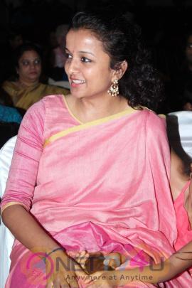 Kiruthiga Udhayanidhi Wishes Happy Valentine's Day To The Transgenders