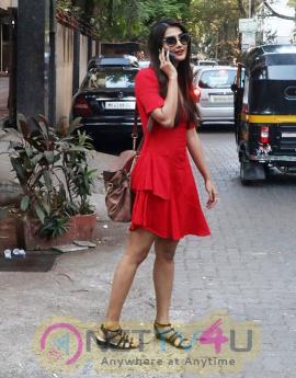 Pooja Hegde New Pretty Stills
