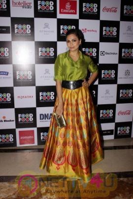 Rishi Kapoor At Food Food Top 100 Awards 2017 Grand Pics Hindi Gallery