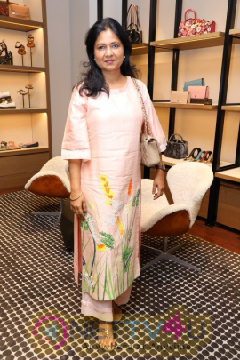 Actress Karisma Kapoor Launches Coach's Chennai Store Pics  Tamil Gallery