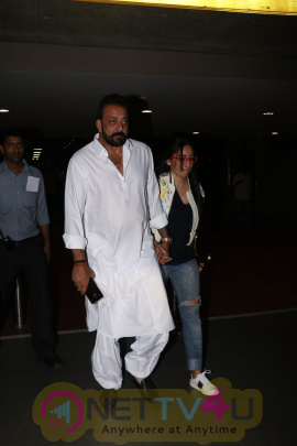 Actor Sanjay Dutt Spotted At Airport Stills Hindi Gallery