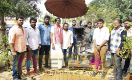 Filmmaker Ponram Gave The First Clapboard And Manobala Acted In First Shot Images Tamil Gallery