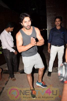 Photo Varun Dhawan Spotted At Gym Juhu Images
