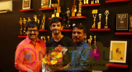 Anirudh Ravichander Sings For Vivek Movie Ezhumin Pics Tamil Gallery