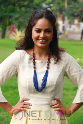 Actress Nandita Swetha Smart Looking Pics Telugu Gallery