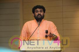 Chennaiyil Jallikattu 2018 Press Meet Photos Tamil Gallery