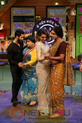 Shahid Kapoor & Kangana Ranaut On Set Of The Kapil Sharma Show Photos Hindi Gallery