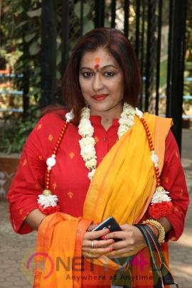 Singer Sonali Kumar Rathod Celebrate Her Birthday On Valentine Day With Special Kids Stills Hindi Gallery