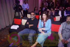 Twinkle Khanna & R Balki Shared Stage With Victor Orozco World Bank Stills