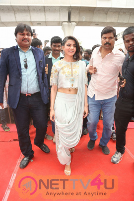 Actress Samantha Launches Samsung S9 Mobile At Big C Images  Telugu Gallery