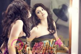 Actress Ragini Khanna Romantic Stills