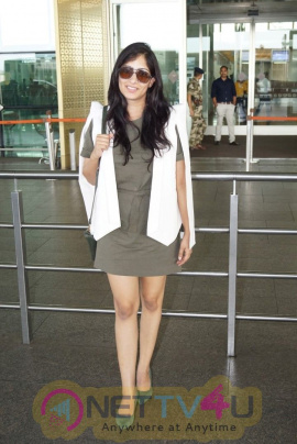 Niharica Raizada Spotted At Airport Best Images Hindi Gallery