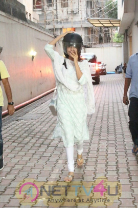 Rhea Chakraborty Spotted At Bandra Images