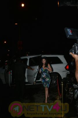 Sakshi Dhoni Came To Bastian Restaurant Photos Hindi Gallery