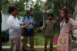 PARAMAPADHAM VILAYATTU Movie Working Still