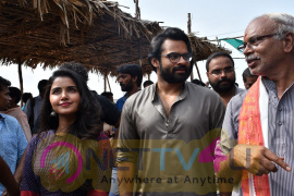 Sai Dharmtej At Durga Matha Temple Vijayawada Images Telugu Gallery