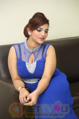 Sk Attiya Beautiful Images  Telugu Gallery