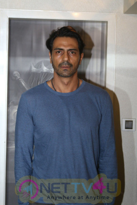 Arjun Rampal Talk About His Special Training & Plans For Aankhen 2 Images