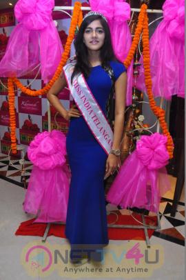 Actress Simran Choudary Stunning Pics