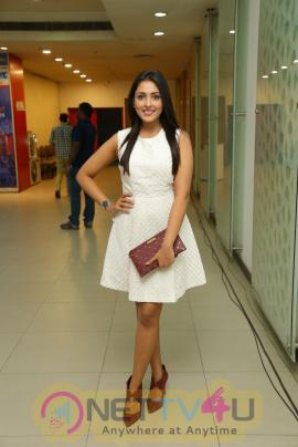 Actress Madhu Shalini Good Looking Stills Telugu Gallery