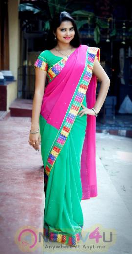 Actress Gayatri Photo Shoot Images Telugu Gallery