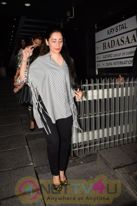 Amrita Arora & Manyata Dutt Came To Dinner  Hindi Gallery