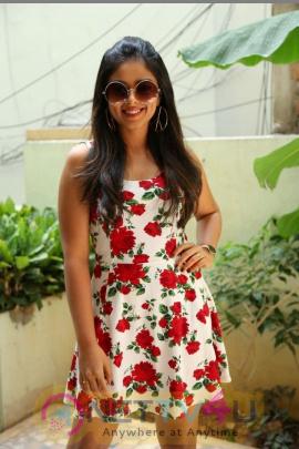 Actress Siddhi Idnani Interview Stills
