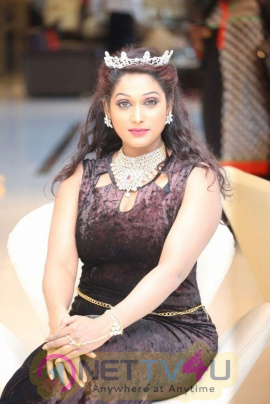 Archana Chawdapur Beautiful Images